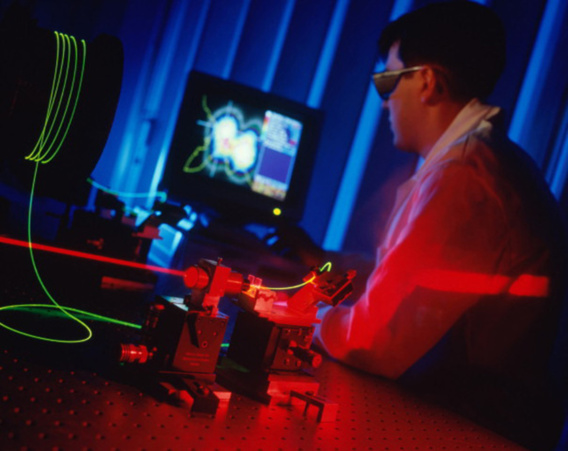 Dessinateur-projeteur en fibre optique, un métier d'avenir