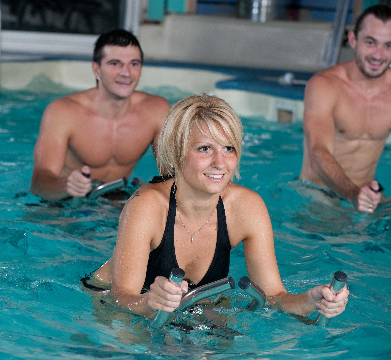 Les sports aquatiques pour une reprise en douceur