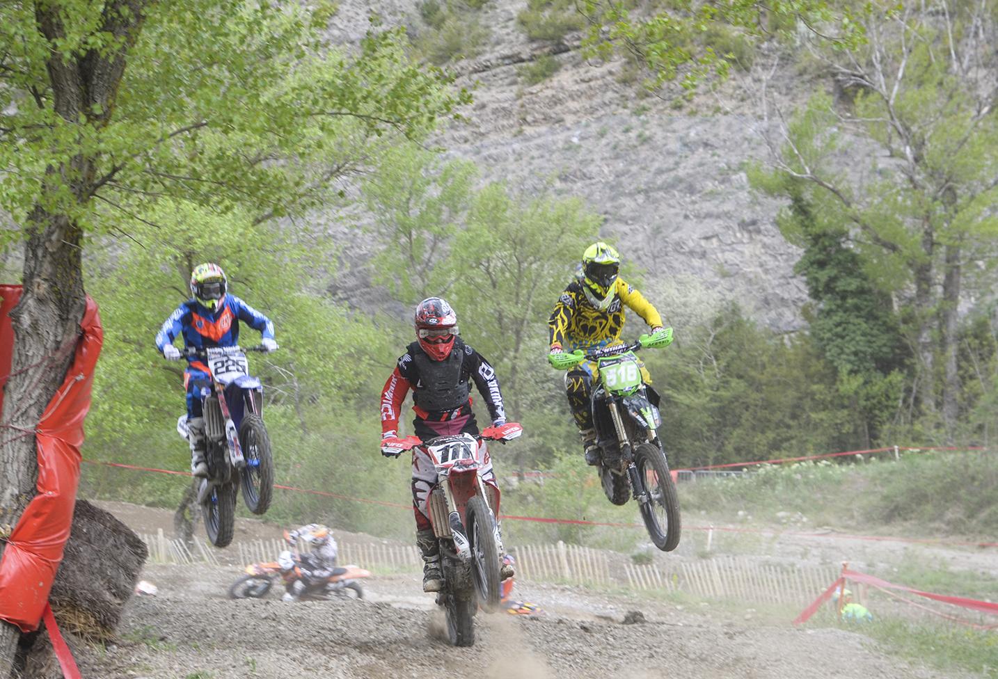 Compétition de moto-cross de la Calade