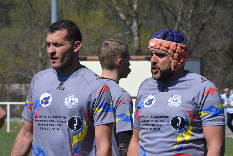 L'équipe de rugby des pompiers du 04 en route pour le championnat de France