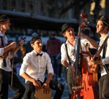 Profitez des douces soirées d'été avec le festival autour des lavoirs à Sainte-Tulle.